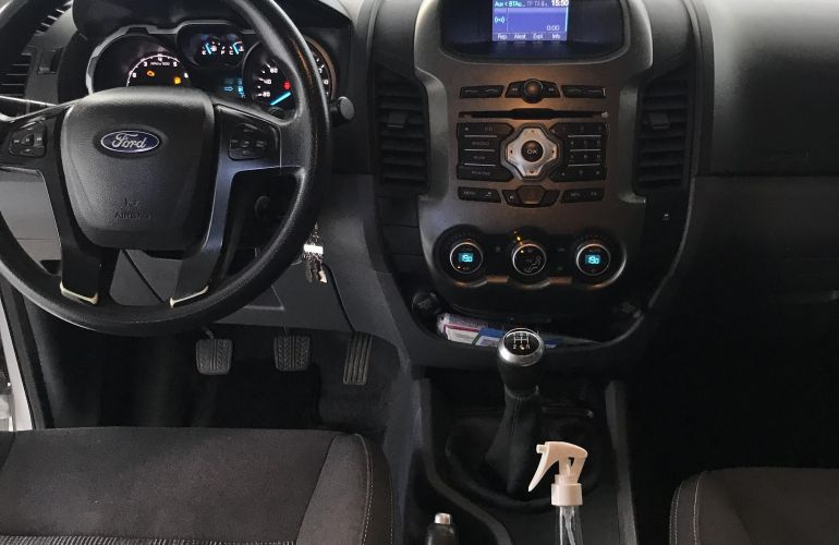 Ford Ranger 2.5 Flex 4x2 CD XLT - Foto #3