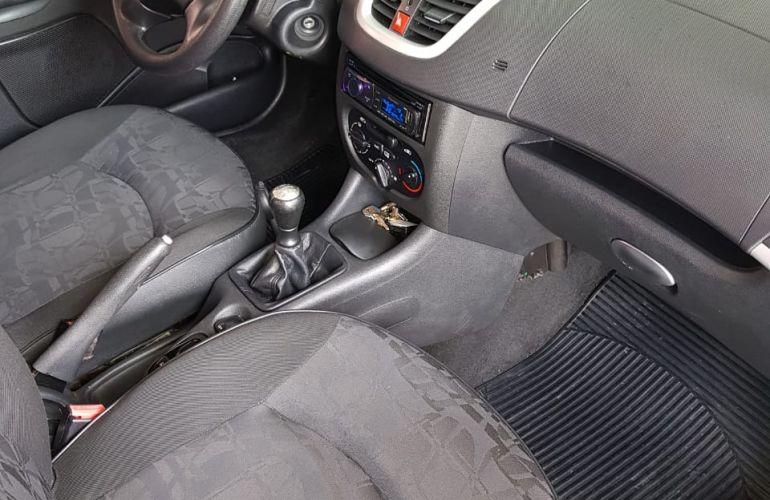 Peugeot 207 Hatch XR 1.4 8V (flex) 4p - Foto #8