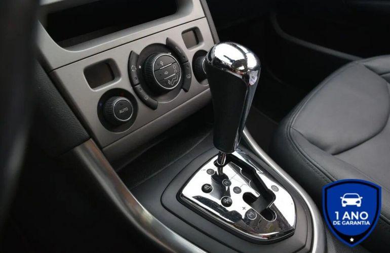 Peugeot 408 1.6 Griffe 16V Turbo - Foto #9
