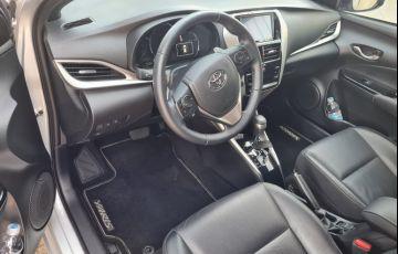 Toyota Yaris 1.5 XS CVT (Flex) - Foto #2