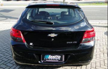Chevrolet Onix 1.4 MPFi LTZ 8v - Foto #8