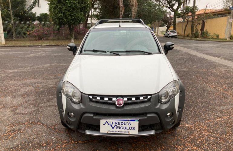 Fiat Strada Adventure 1.8 16V (Flex) (Cabine Estendida) - Foto #2