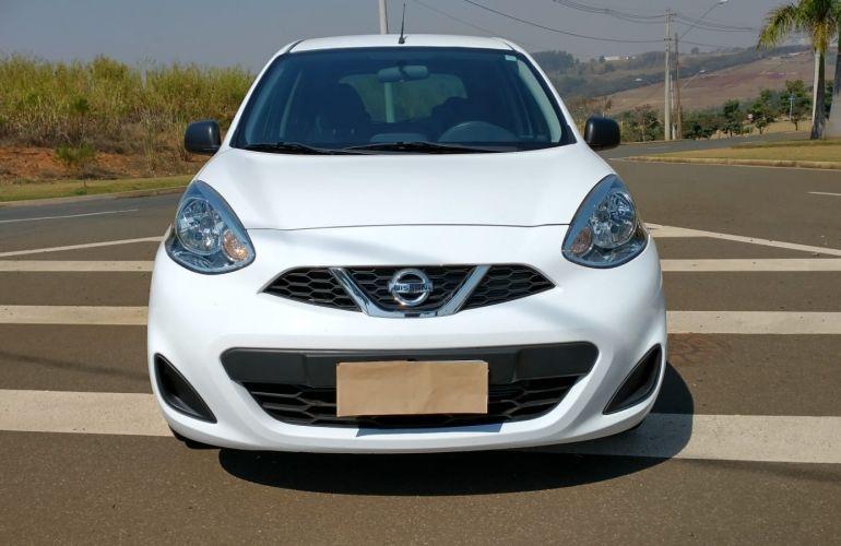 Nissan March 1.0 12V Conforto (Flex) - Foto #2
