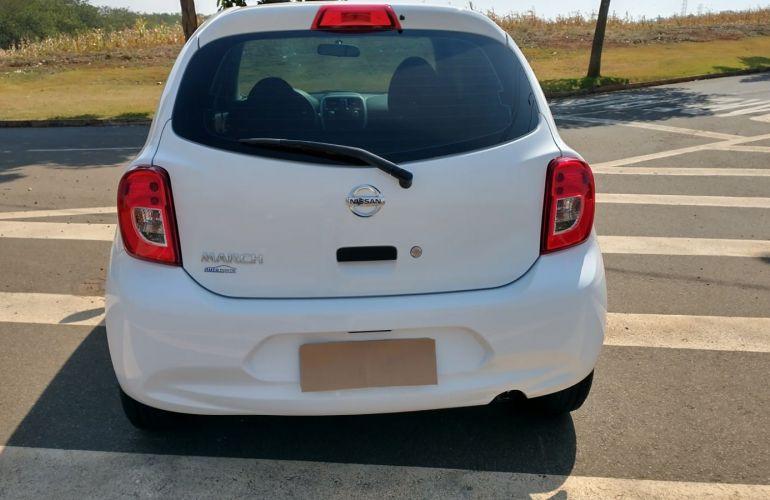 Nissan March 1.0 12V Conforto (Flex) - Foto #3
