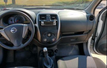 Nissan March 1.0 12V Conforto (Flex) - Foto #6