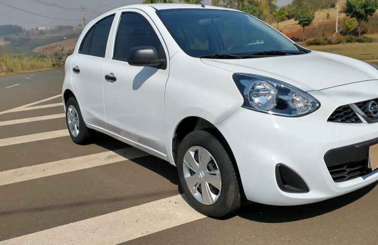 Nissan March 1.0 12V Conforto (Flex) - Foto #9