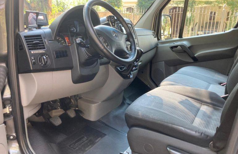 Mercedes-Benz Sprinter 2.1 CDI 415 Van 15+1 Luxo - Foto #7