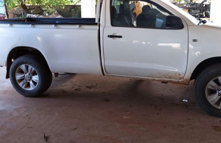 Toyota Hilux 3.0 TDI 4x4 CS Chassi - Foto #5