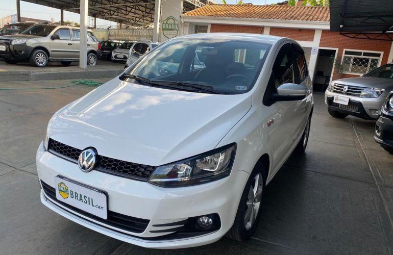 Volkswagen Fox 1.6 MSI Rock in Rio (Flex) - Foto #2