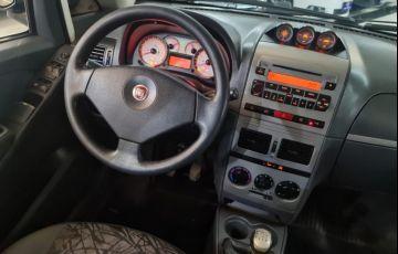 Fiat Idea 1.8 MPi Adventure 8v - Foto #8