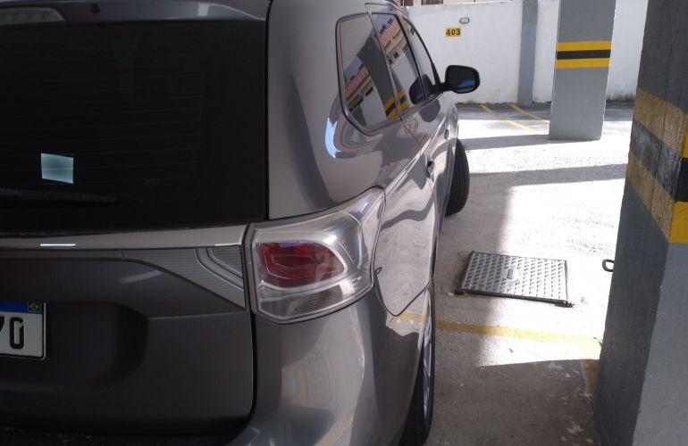 Mitsubishi Outlander 2.0 16V CVT - Foto #4
