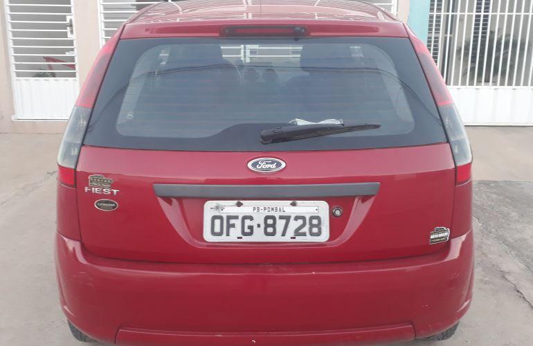 Ford Fiesta Hatch Rocam 1.0 (Flex) - Foto #2