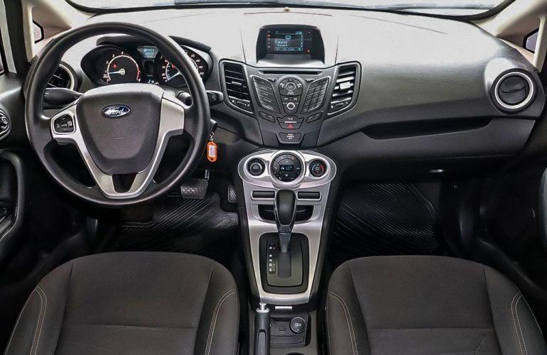 Ford Fiesta 1.6 SE Plus Sedan 16v - Foto #5