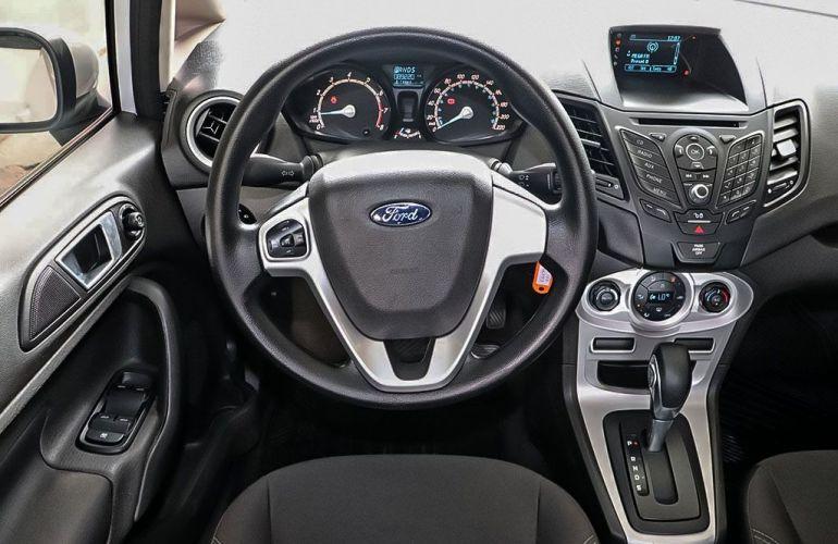 Ford Fiesta 1.6 SE Plus Sedan 16v - Foto #6