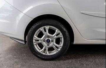 Ford Fiesta 1.6 SE Plus Sedan 16v - Foto #8