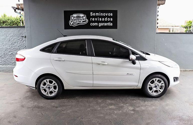 Ford Fiesta 1.6 SE Plus Sedan 16v - Foto #9
