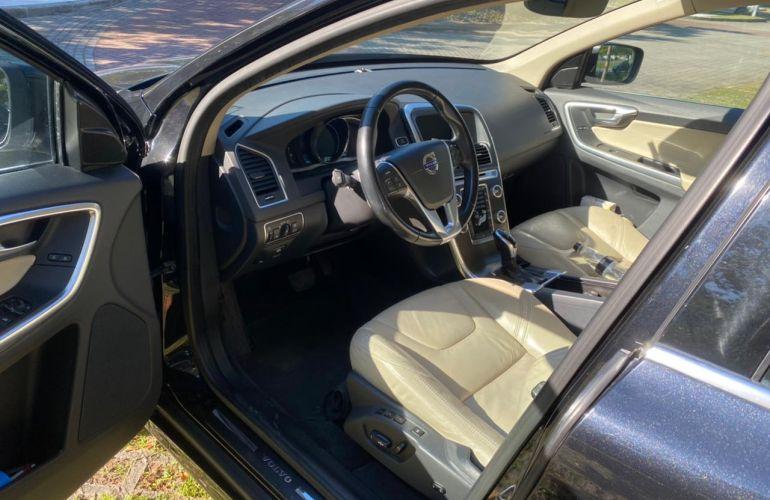 Volvo XC60 2.0 T5 Drive-E Comfort - Foto #5
