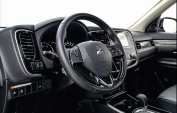 Mitsubishi Outlander 2.2 Mivec Di-d Hpe-s Awd - Foto #5
