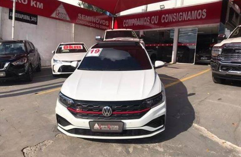 Volkswagen Jetta 2.0 350 TSI GLI DSG - Foto #2