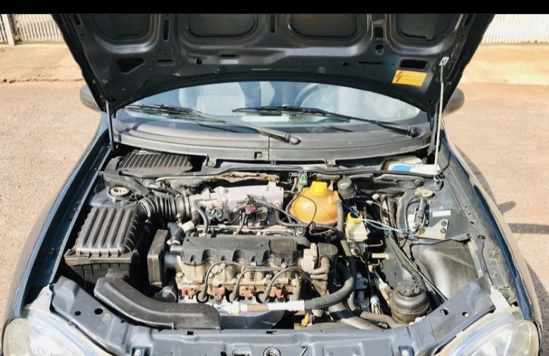 Chevrolet Corsa Sedan Spirit 1.6 - Foto #7
