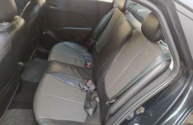 Hyundai HB20S 1.6 Premium - Foto #10