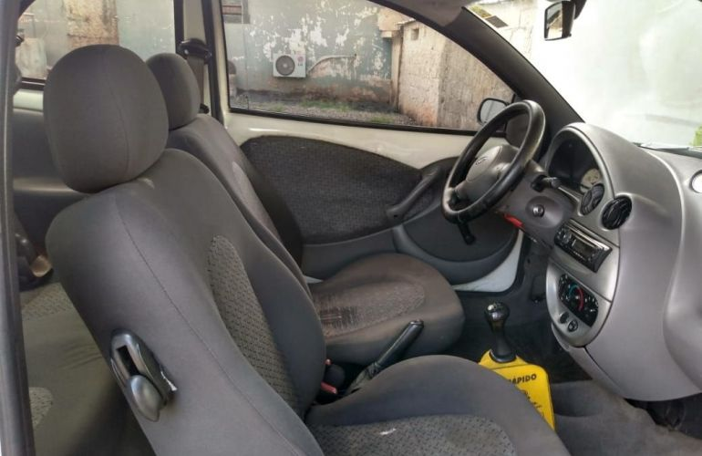 Ford Ka 1.0 MPi GL 8v - Foto #6