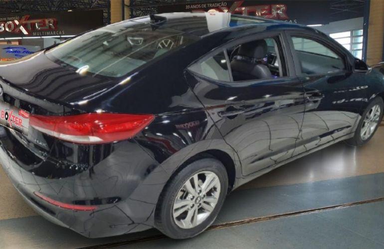 Hyundai Elantra 2.0 16v - Foto #8