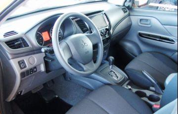 Mitsubishi L200 Triton Savana GLS 2.4 - Foto #7
