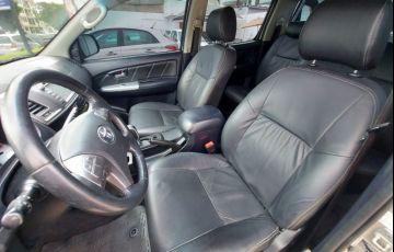 Toyota Hilux 3.0 Srv 4x4 CD 16V Turbo Intercooler - Foto #8