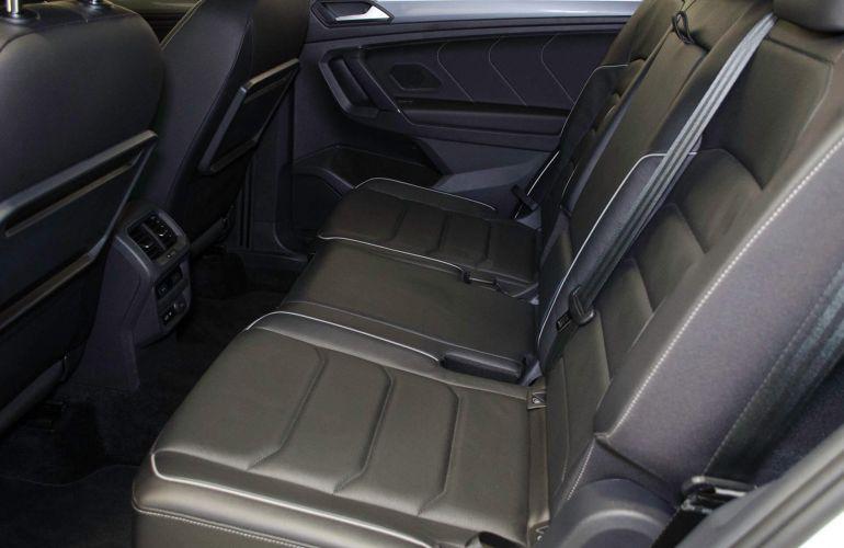 Volkswagen Tiguan Allspace 2.0 350 TSI R-Line 4WD - Foto #9