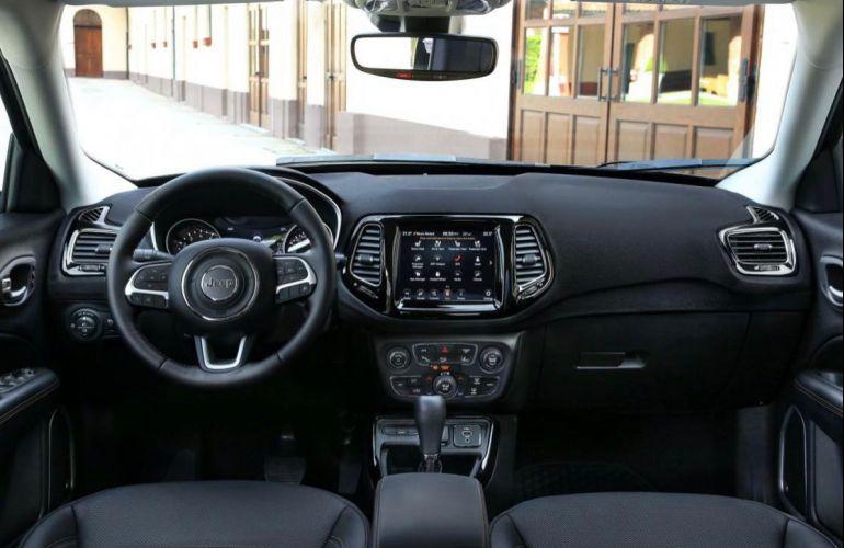 Jeep Compass 2.0 Longitude (Aut) - Foto #2