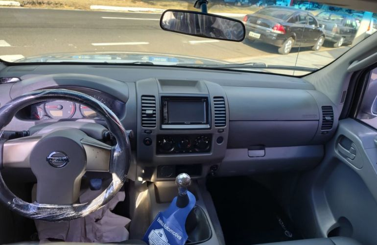 Nissan Frontier 2.5 Xe 4x2 CD Turbo Eletronic - Foto #8