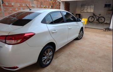 Toyota Yaris Sedan 1.5 XL Live CVT - Foto #4