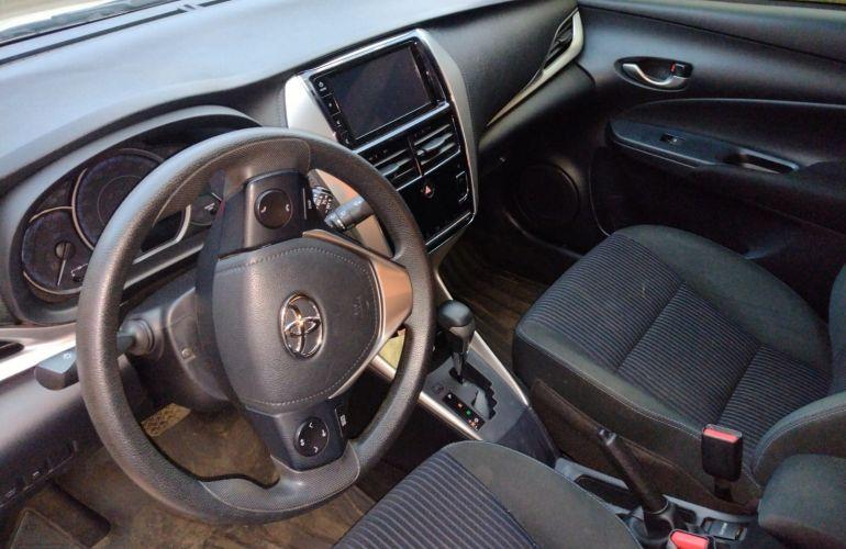 Toyota Yaris Sedan 1.5 XL Live CVT - Foto #8