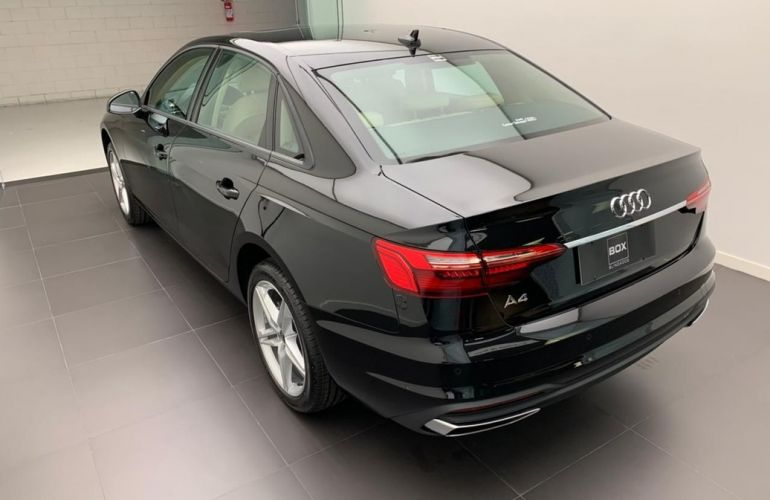 Audi A4 2.0 TFSI Prestige Plus - Foto #4