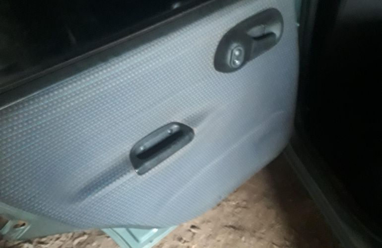 Chevrolet Corsa Sedan Super 1.0 MPFi - Foto #10
