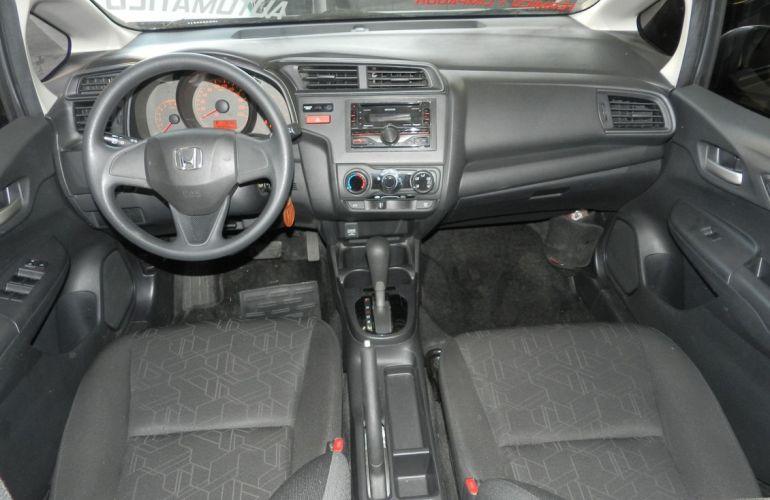 Honda Fit 1.5 DX 16v - Foto #10