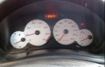 Peugeot 206 1.0 Quiksilver 16v - Foto #5