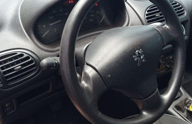 Peugeot 206 Hatch. Sensation 1.4 8V (flex) - Foto #1