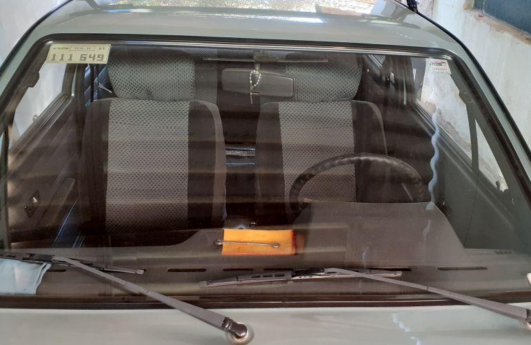 Volkswagen Voyage CL 1.6 - Foto #2