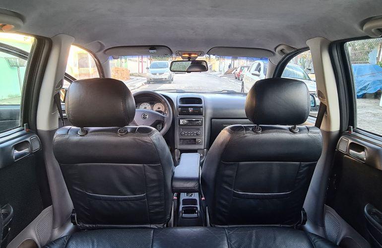 Chevrolet Astra Hatch CD 2.0 8V - Foto #10