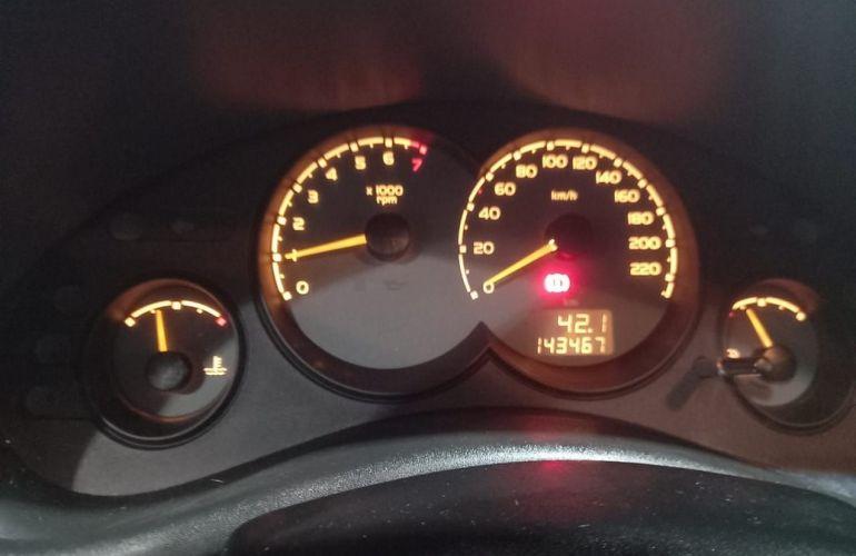 Chevrolet Corsa 1.0 MPFi Classic 8v - Foto #8