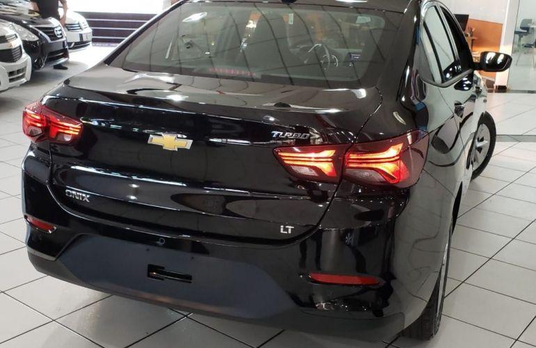 Chevrolet Onix 1.0 Plus - Foto #3
