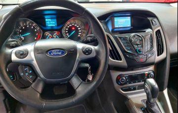 Ford Focus 2.0 S Sedan 16v - Foto #10