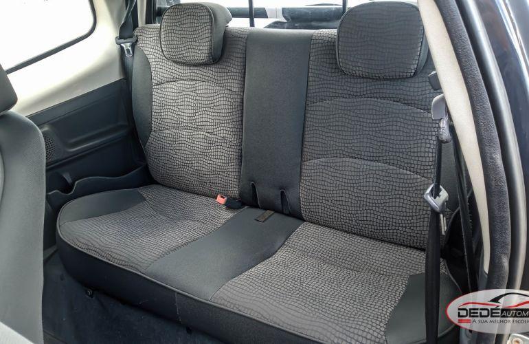 Fiat Strada Adventure 1.8 8V (Flex) (Cabine Dupla) - Foto #6
