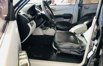Mitsubishi L 200 Triton HPE 4x4 3.2 (aut) (cab. dupla) - Foto #10