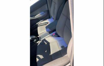 Honda Civic Sedan LXL 1.7 16V (Aut) - Foto #4