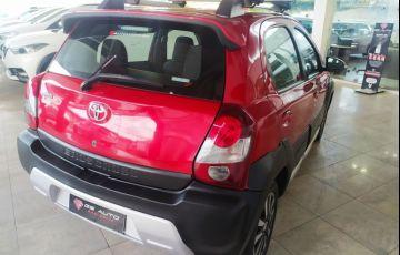Toyota Etios Cross 1.5 16v - Foto #4