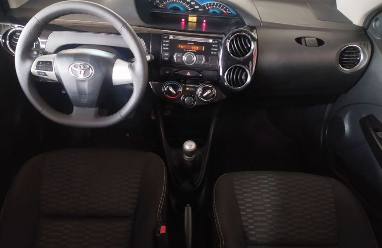 Toyota Etios Cross 1.5 16v - Foto #7