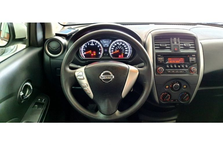 Nissan Versa 1.6 16V SV (Flex) - Foto #10